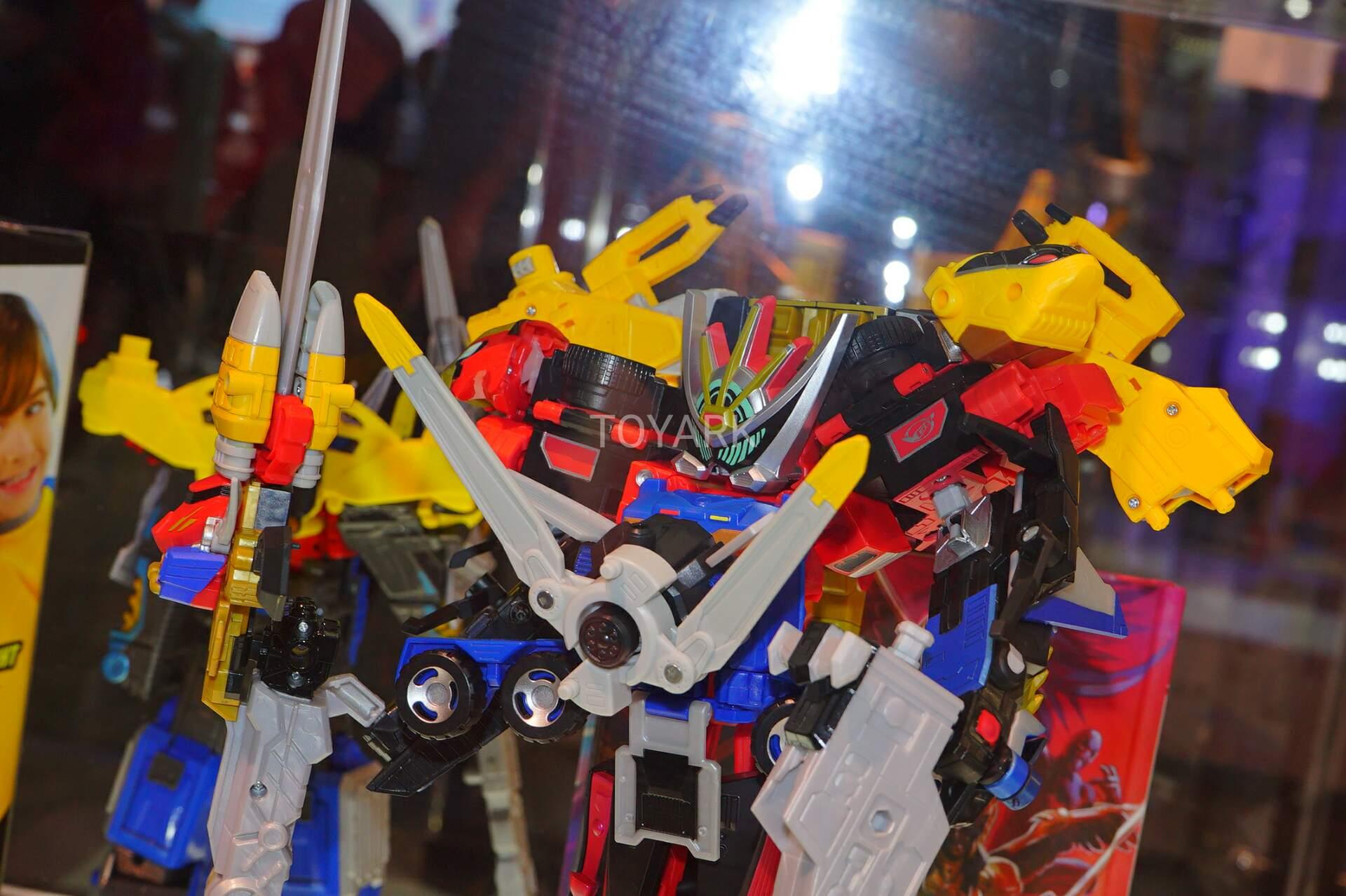 SDCC 2019 - Power Rangers Beast Morphers at Hasbro - PWRRNGR